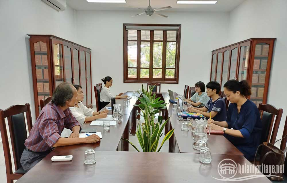 2.Welcoming and working with UNESCO Hanoi Office